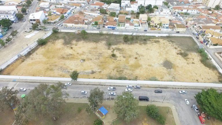Imagem aérea do terreno do antigo Clube Social (Foto: Secom PMVC)