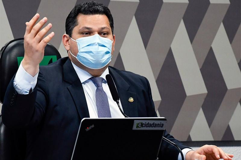 """O presidente da CCJ, Davi Alcolumbre (DEM-AP), negou que esteja atrasando a indicação de Mendonça como um """"ato político"""" - Roque de Sá/Agência Senado"""