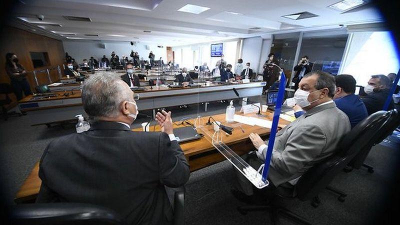 Renan confirmou que irá apresentar denúncia no Tribunal Penal Internacional